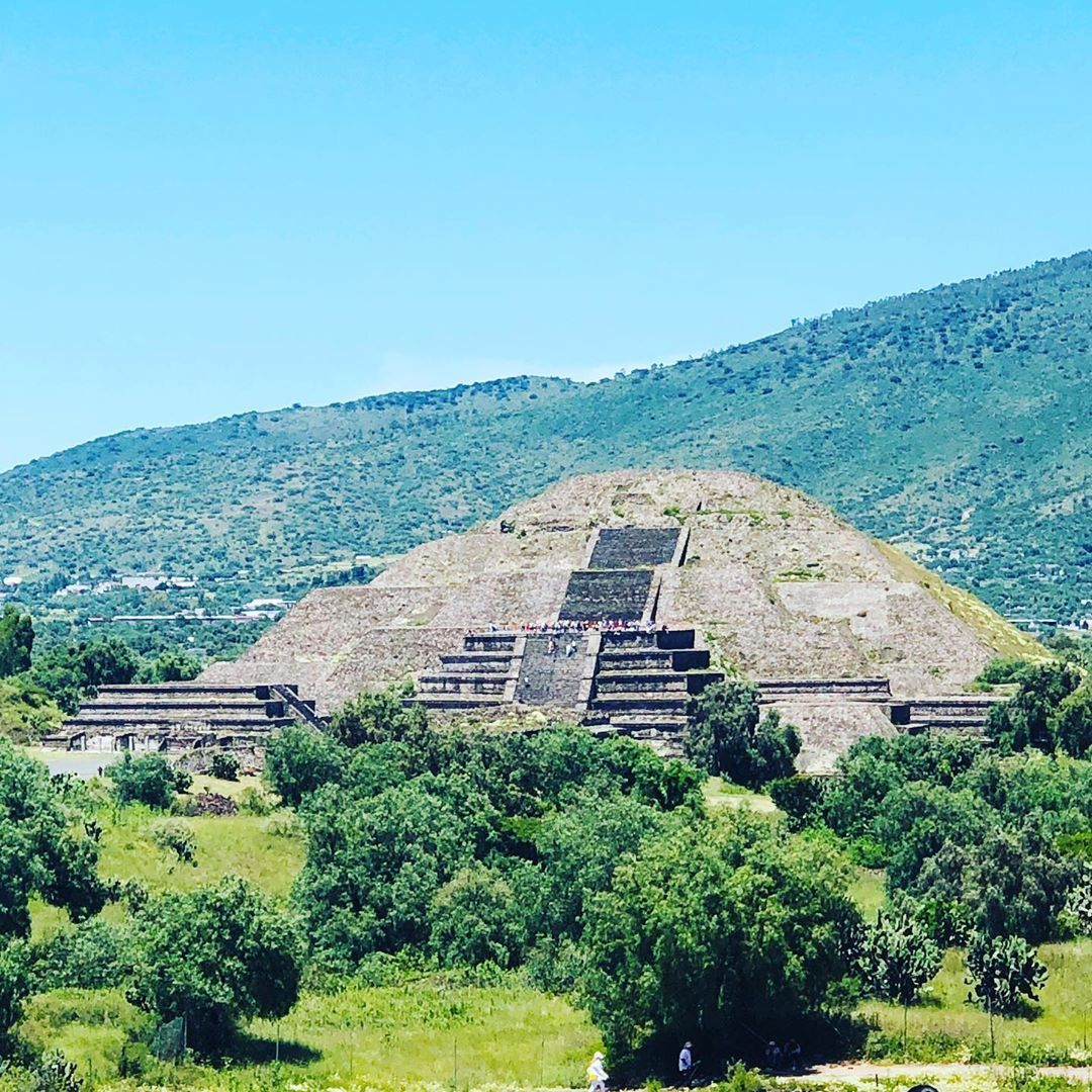 Teotihuacan Pyramids Mexico History Ruins Teotihuacanpyramids Travel Travelphotography Mountains W Teotihuacan Teotihuacan Pyramid Travel Photography