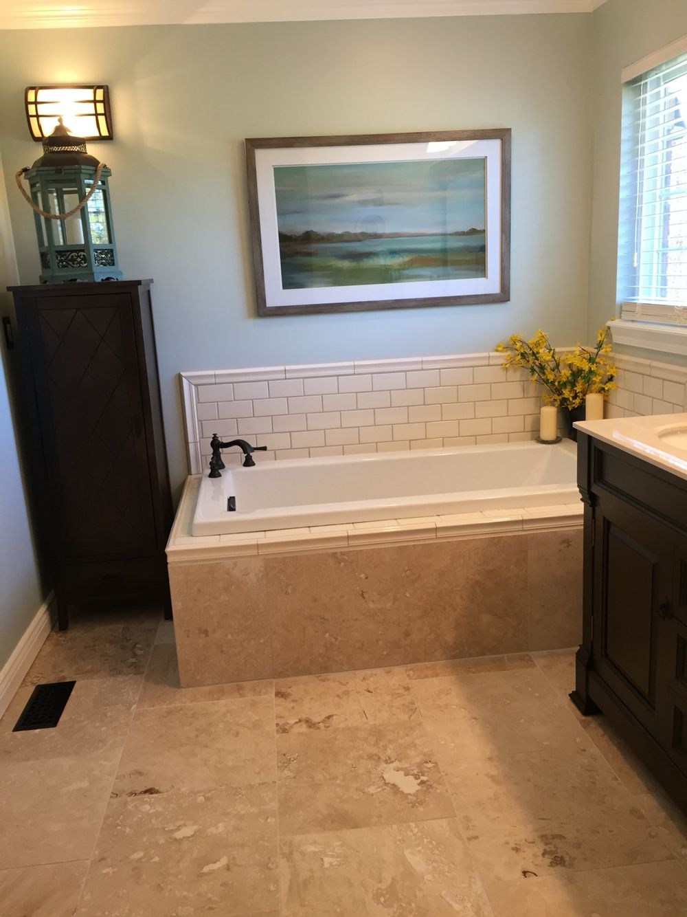 Sherwin Williams Sea Salt Paint With Travertine 18 Floor Tile And Cream Subway Tile Travertine Bathroom Bathroom Color Schemes Bathroom Colors