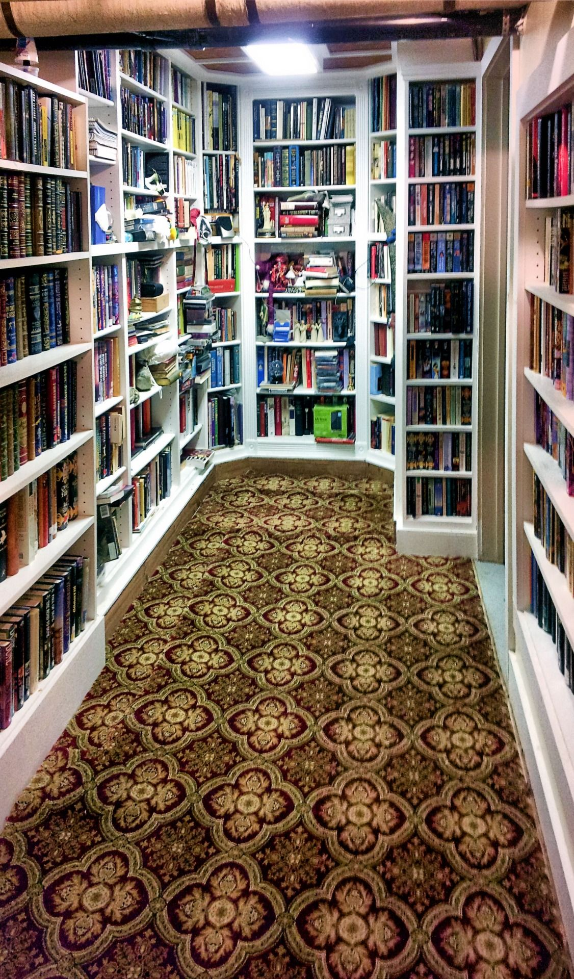 Library Room Ideas For Small Spaces: Even A Small Space Will Work. Just Need A Chair And Good