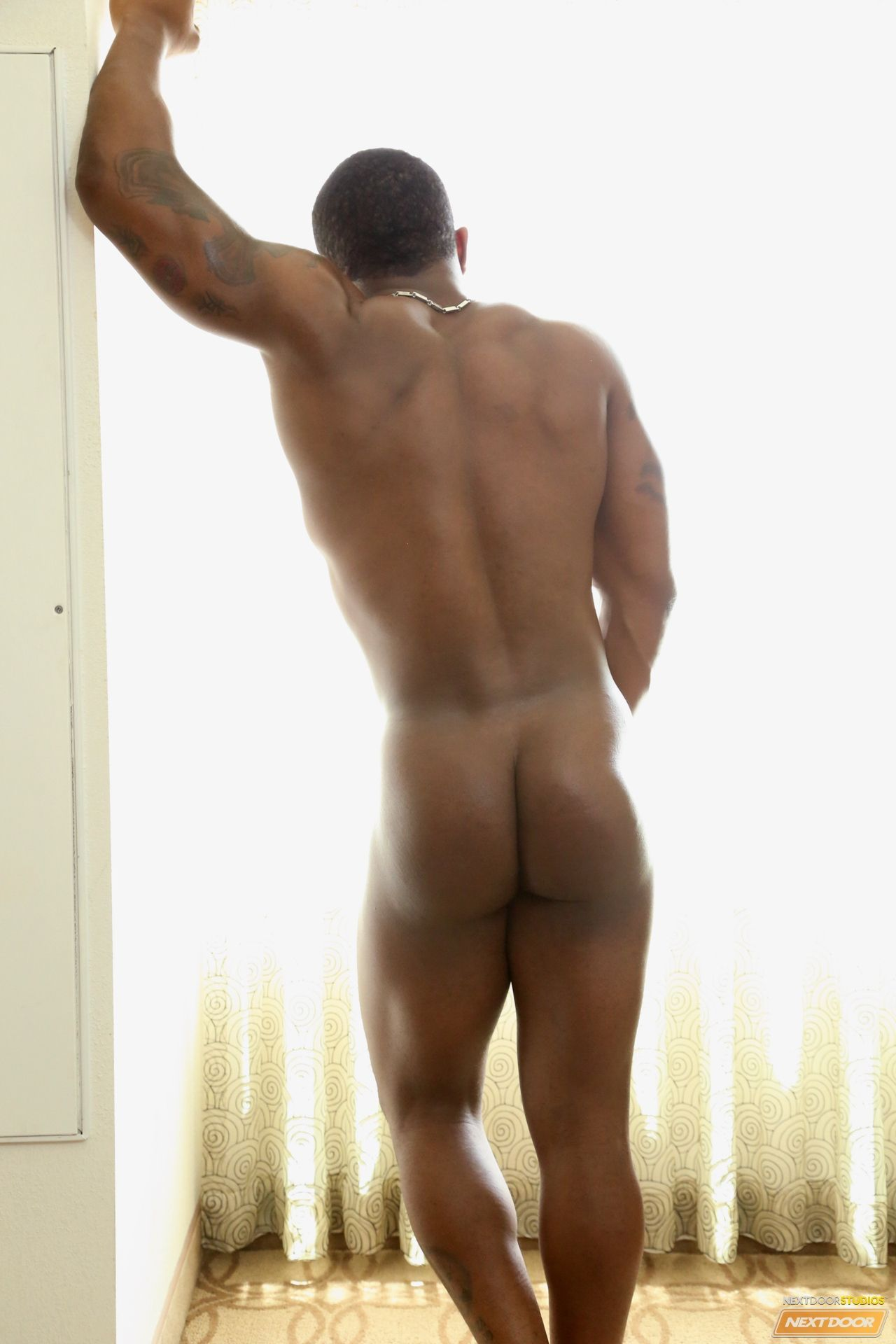ebony-naked-men