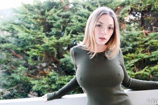 Olga Gmir Nude Photos 5