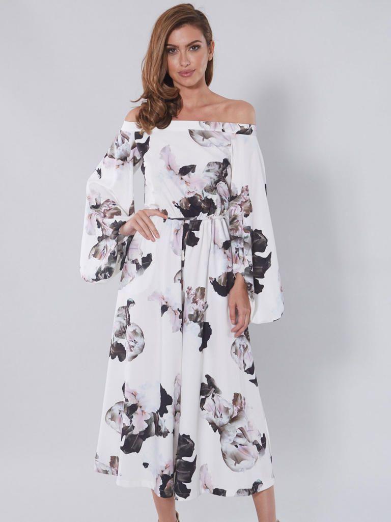 Guest Attire 15 Floral Dresses Perfect For Summer Weddings Guest Attire Wedding Attire Guest Floral Pantsuit [ 1025 x 768 Pixel ]