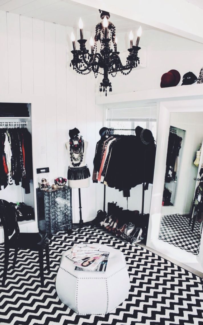 How to turn a small bedroom into a dressing room closets - How to turn a bedroom into a closet ...