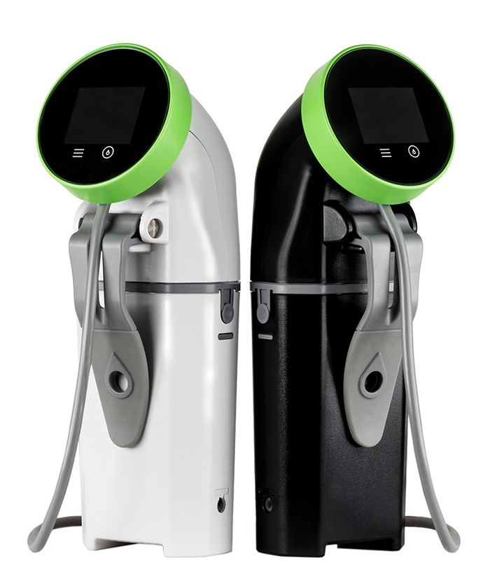 The WiFi Nomiku sous vide immersion circulator brings top chefs and community into your kitchen. Perfectly cook anything from anywhere.