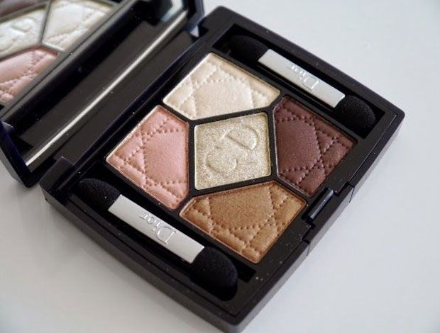 Mesmer Eyezing The Best Eyeshadow Palettes For A Bride