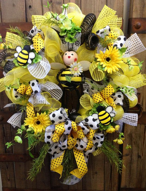 49a00f543de3b8 Bumble bee decomesh wreath by WilliamsFloral on Etsy
