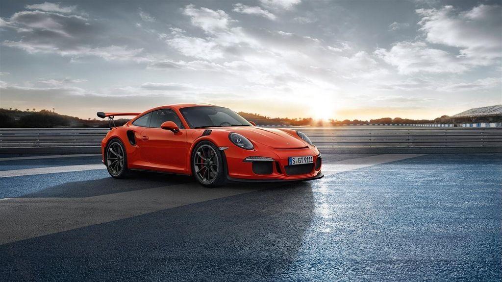 The Porsche 911 GT3RS.