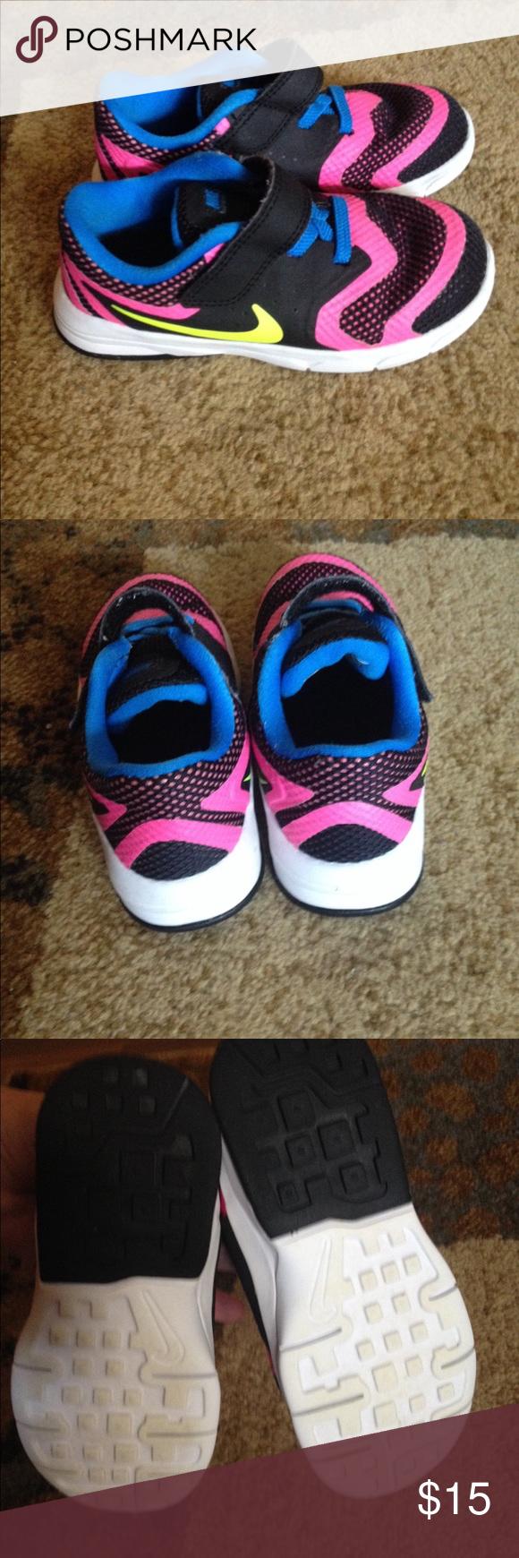 Girls Nike Shoes * Size 10c* toddler * kids *