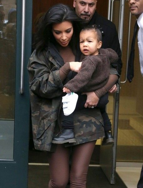 90fcd50b1d9a39 North West Photos Photos: Kim Kardashian and North Step Out in NYC ...