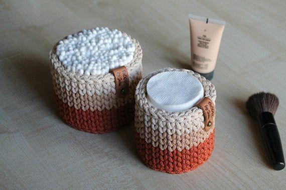 Bathroom Organization Cotton Ball Holder QTip Holder Makeup Organizer Cotton Pads Crochet Storage Terra cotta beige basket Bedroom Storage – Fai da te