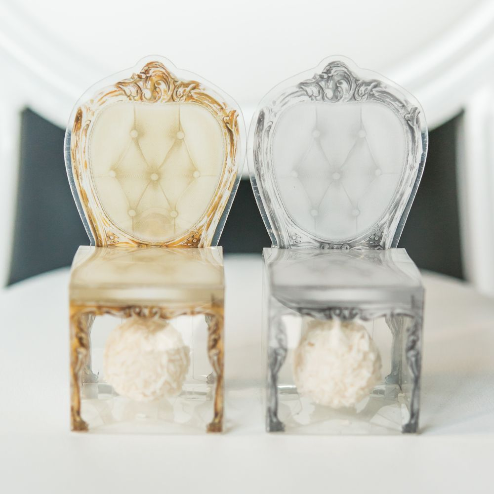 Vintage Chair Favor Boxes, perfect for petite sweet treats | via Simply Southern Wedding Boutique