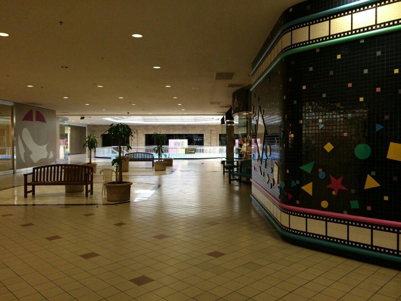RIP Valley View Mall, Dallas, Texas. 1973-2017. | Texas Anything n ...