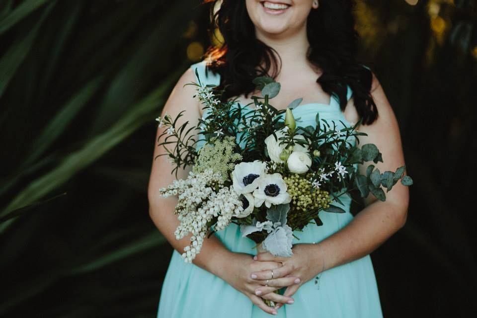 Nicole & Nigel Wakeley bridal party