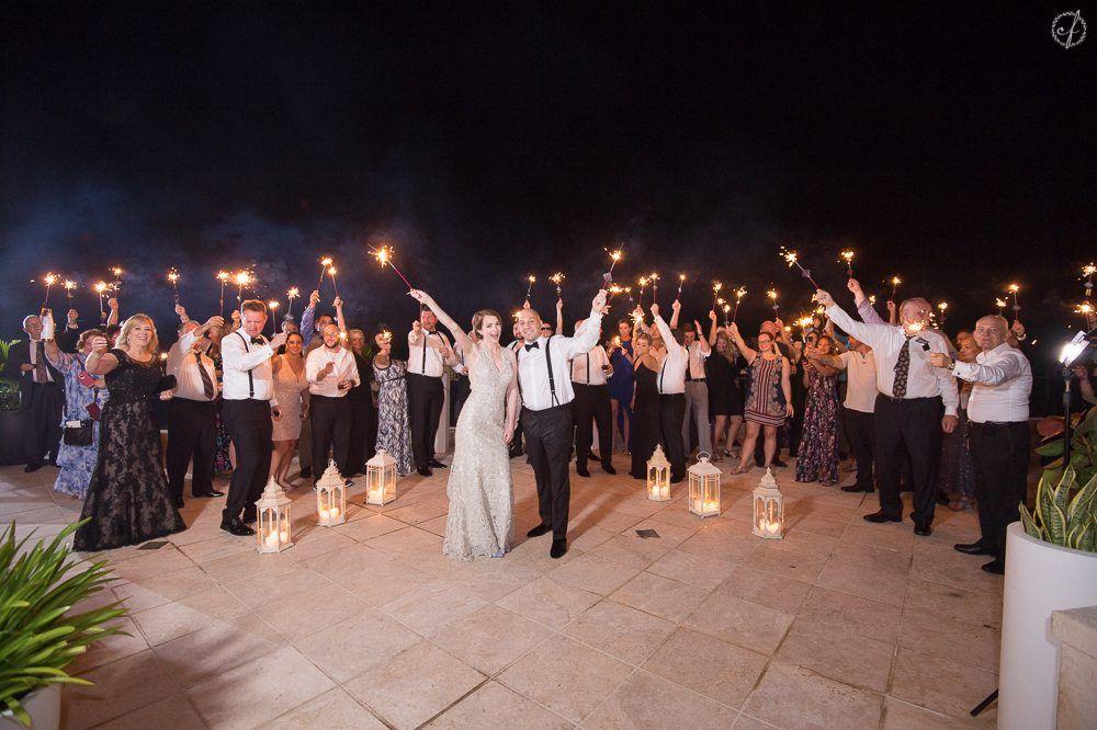 12 Tips para Mejores Fotos de Boda - https://camillefontz.com/tips-mejores-fotos-boda-puerto-rico/
