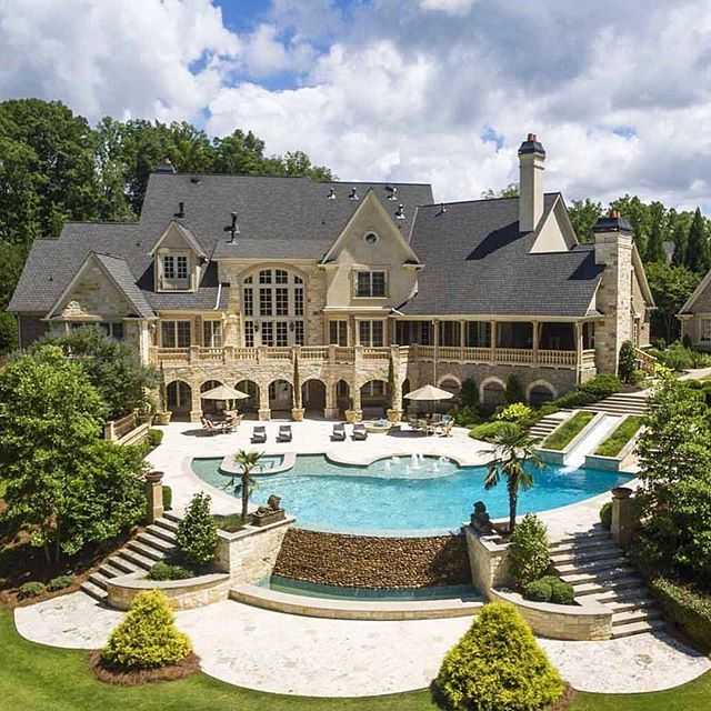 Backyard Goals For The Home Modern Mansion House