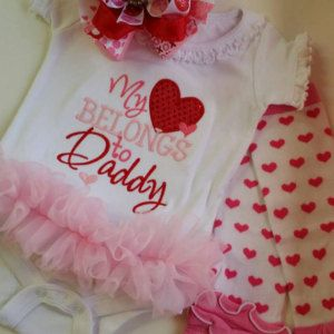 PURCHASED Embroidery design 4x4 5x7 6x10 My heart belongs to Daddy, Embroidery sayings, applique heart, Valentines day, socuteappliques, Fathers Day