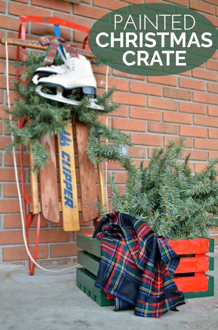 Maxx Gloss Painted Christmas Crate  @decoart  #ad #MaxxGloss