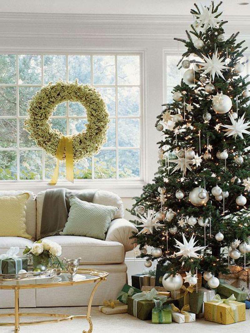 Weihnachtsbaum deko in weiss