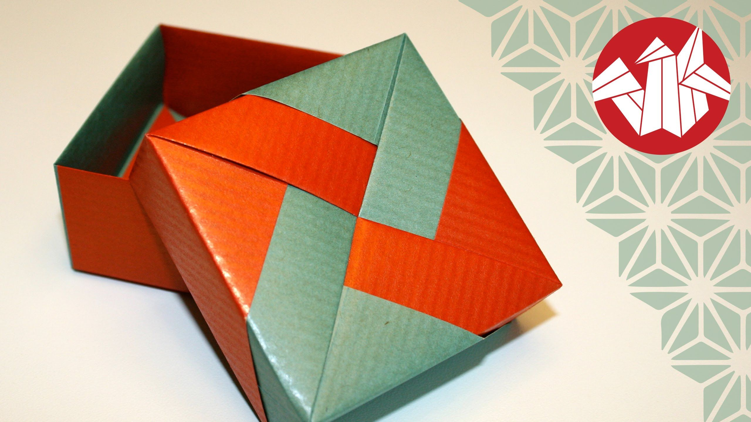 Tomoko Fuse Box features one of the best origami box lids I've done so far.