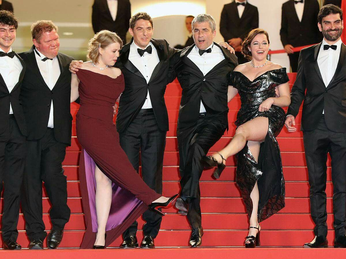Hatalmas villantás Cannes-ban: Kilátszott volna a bugyi