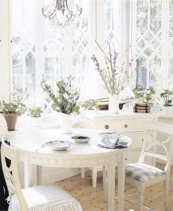 DESDE MY VENTANA: Comedores en Blanco / White Dinning | Comedores ...