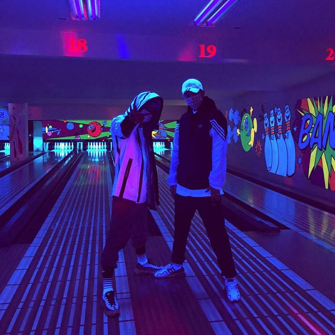 Neon Bowling Bowling Bowling Pictures Rainbow Aesthetic