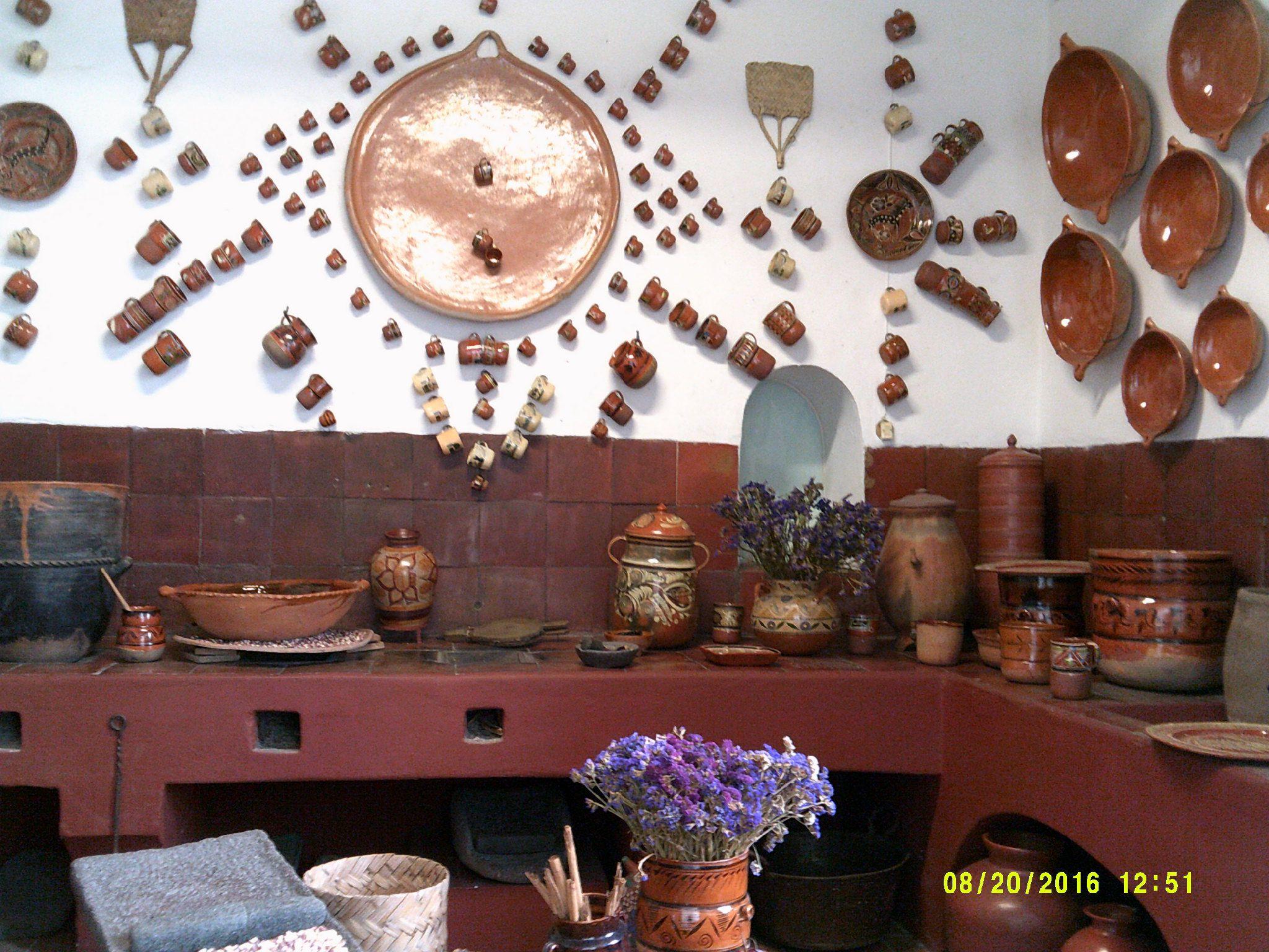 Una t pica cocina mexicana antigua en los cuadros que se for Cocinas rusticas mexicanas
