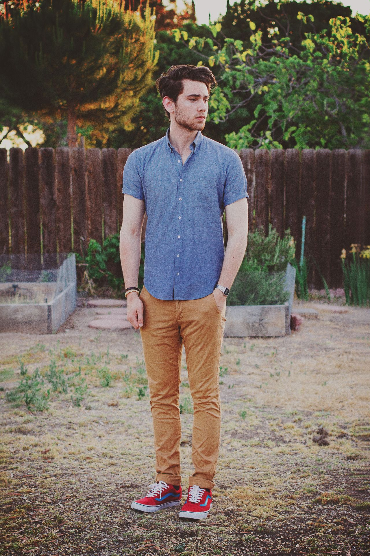 This shirt fits so well. #Menswear #Vans | Menu0026#39;s Style I Dig | Pinterest | Male style Stylish ...