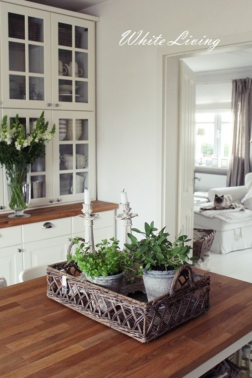 White Living New Kitchen White Flowers Ikea Kuche Landhaus