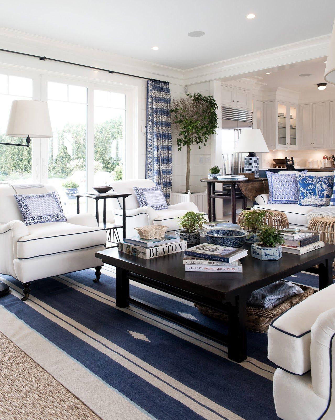Como nos Hamptons...   Blue and white living room, White ...