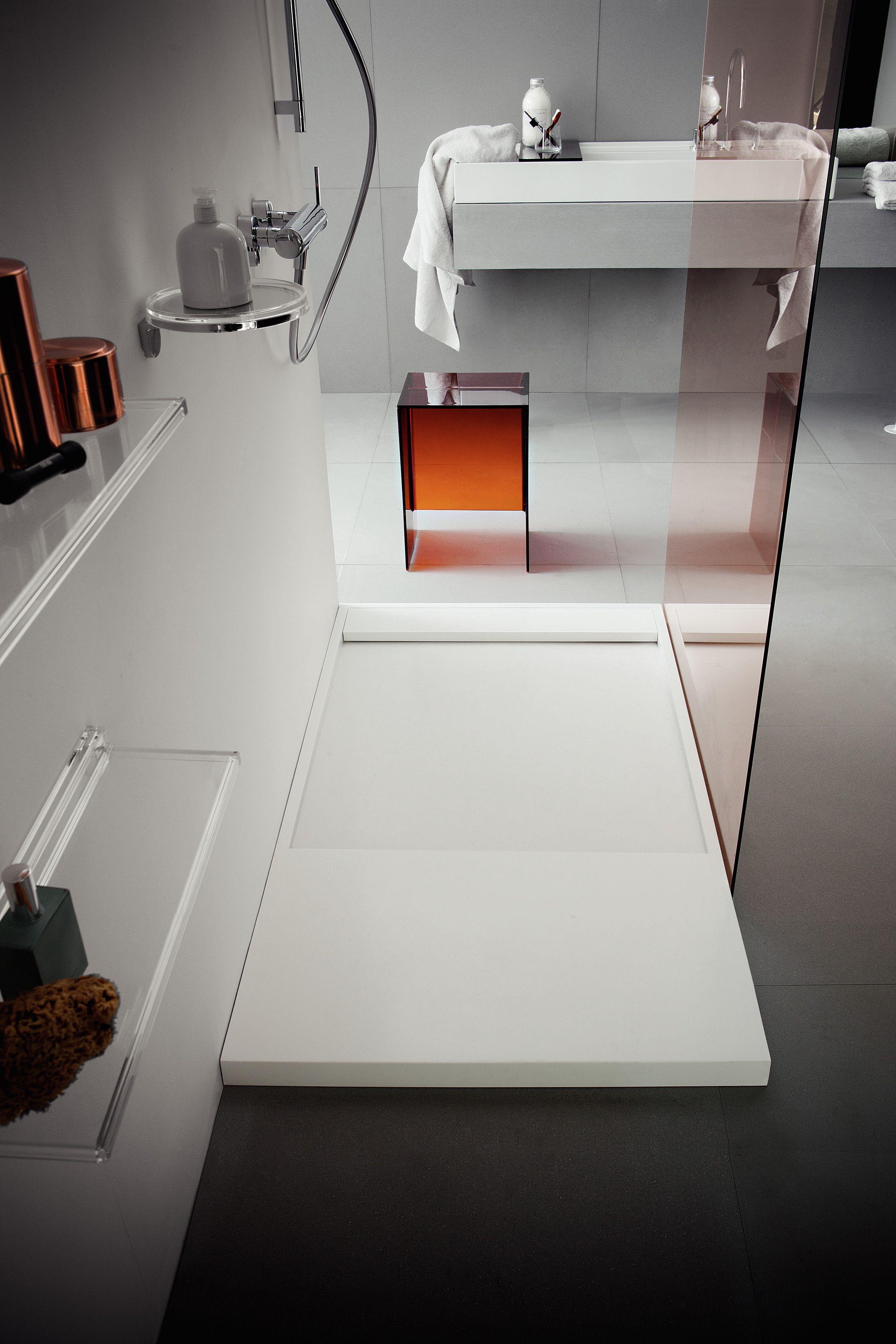 kartell salle de bain salle de bain design. receveur de douche kartell By Laufen en acrylique  blanc.
