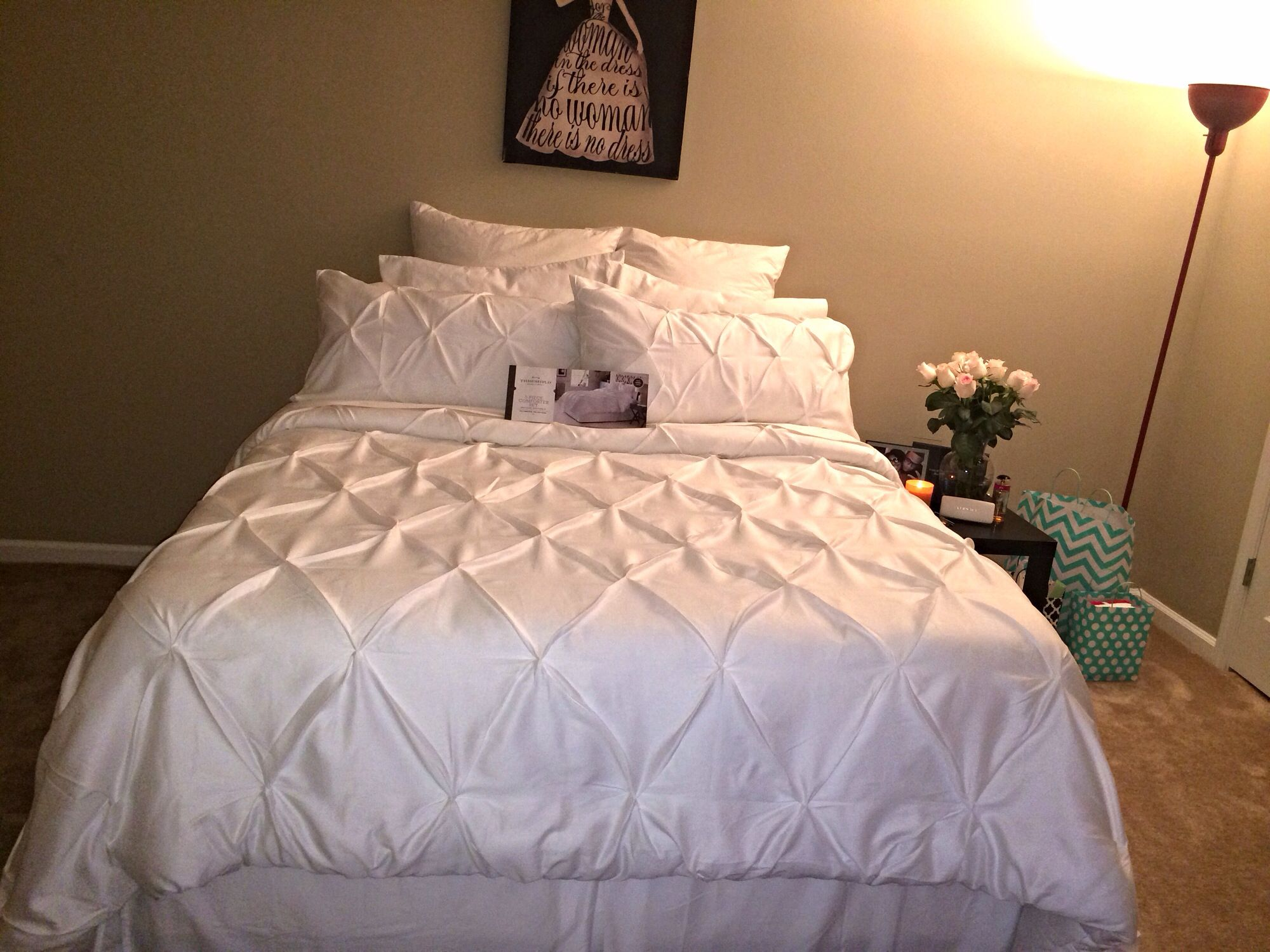Threshold Pinched Pleat Comforter Set Queen bed King Size