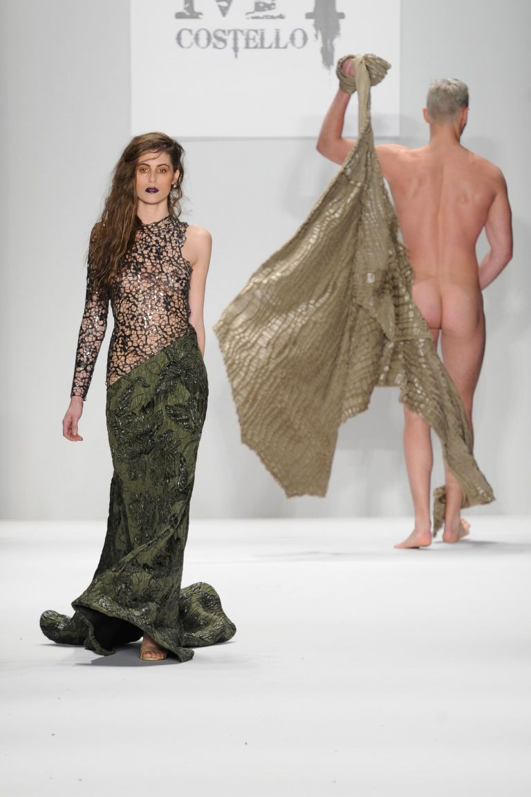 fashion-show-male-nudes