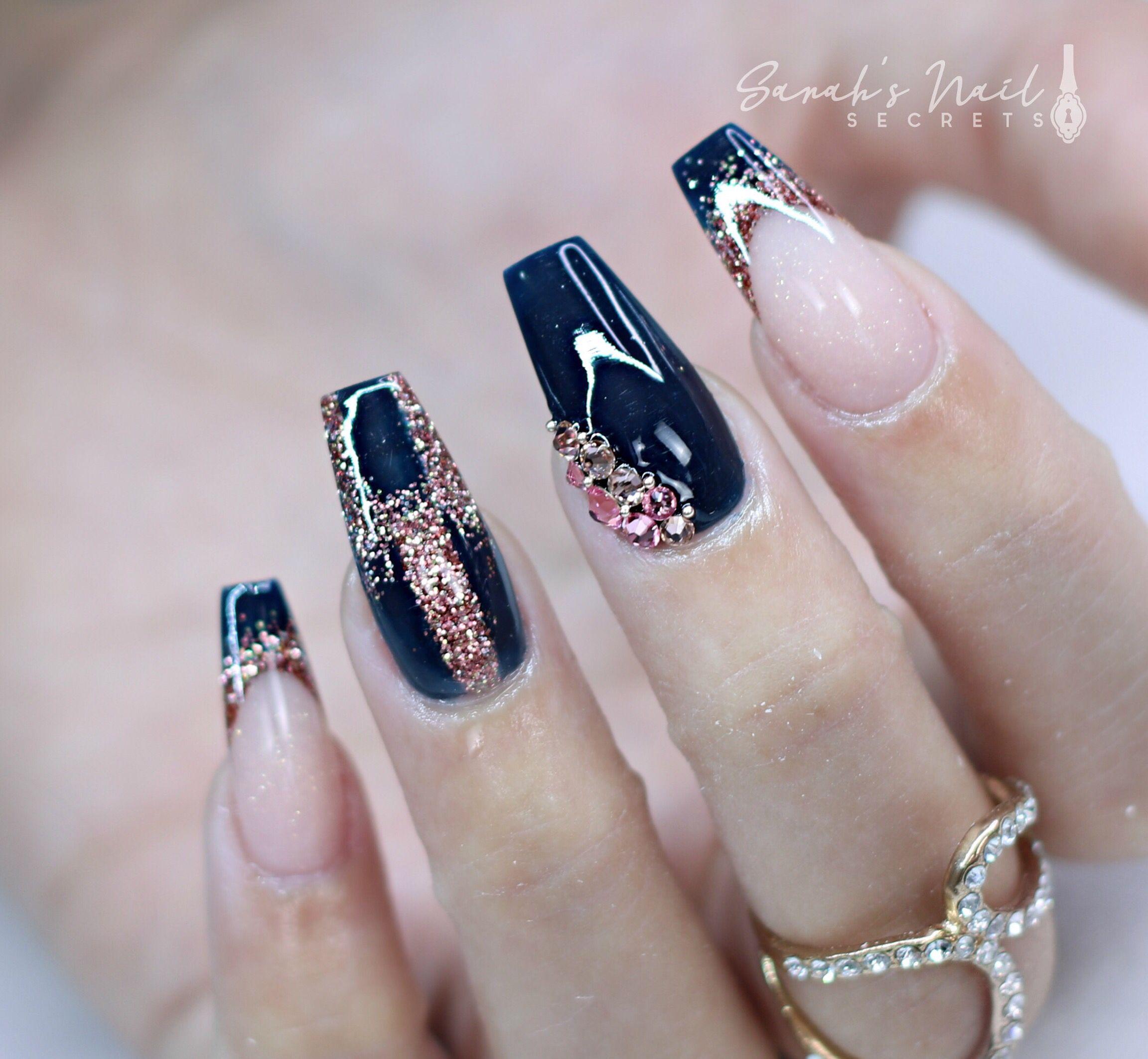 Dark blue and rose gold nails   Mani/Pedi Anyone? in 2019 ...