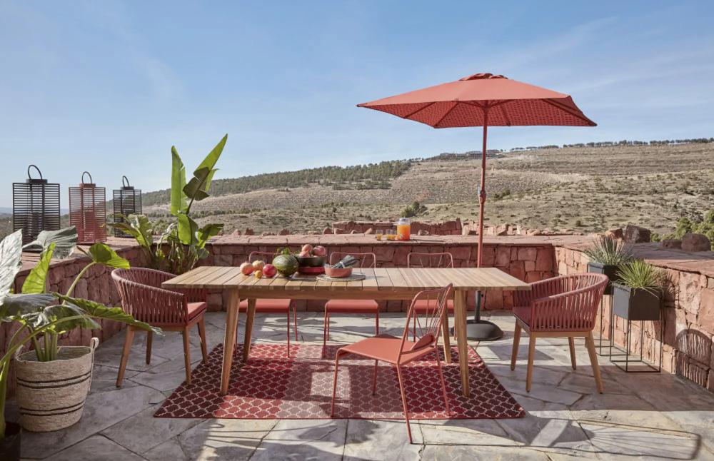 Tavolo Da Giardino Allungabile In Acacia Massello 8 10 Persone 180 240 Cm Maisons Du Monde Sedie Da Giardino Tavolo Giardino Giardino