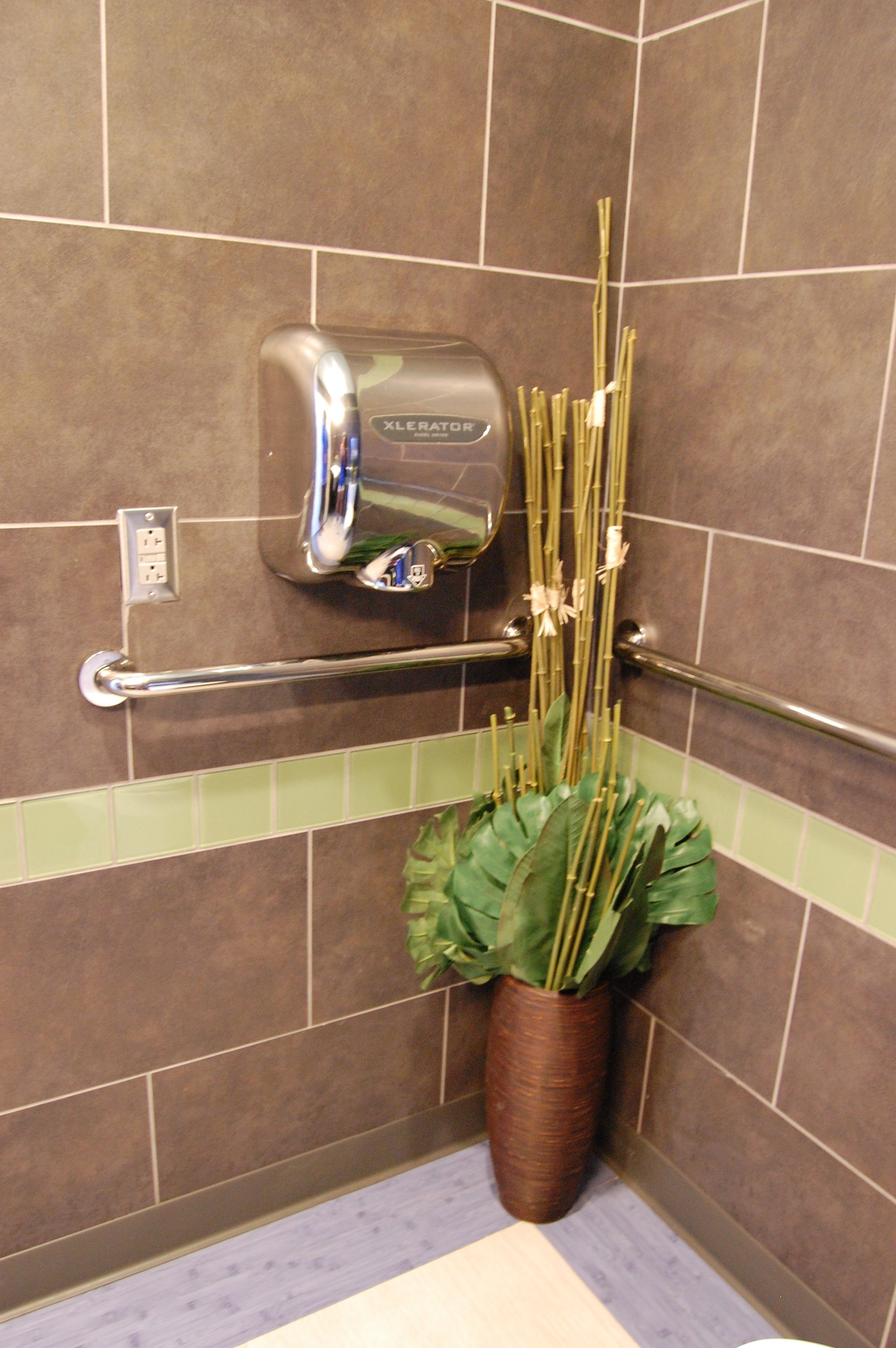 Xlerator In A Home Bathroom Hand Dryers In The Home Pinterest