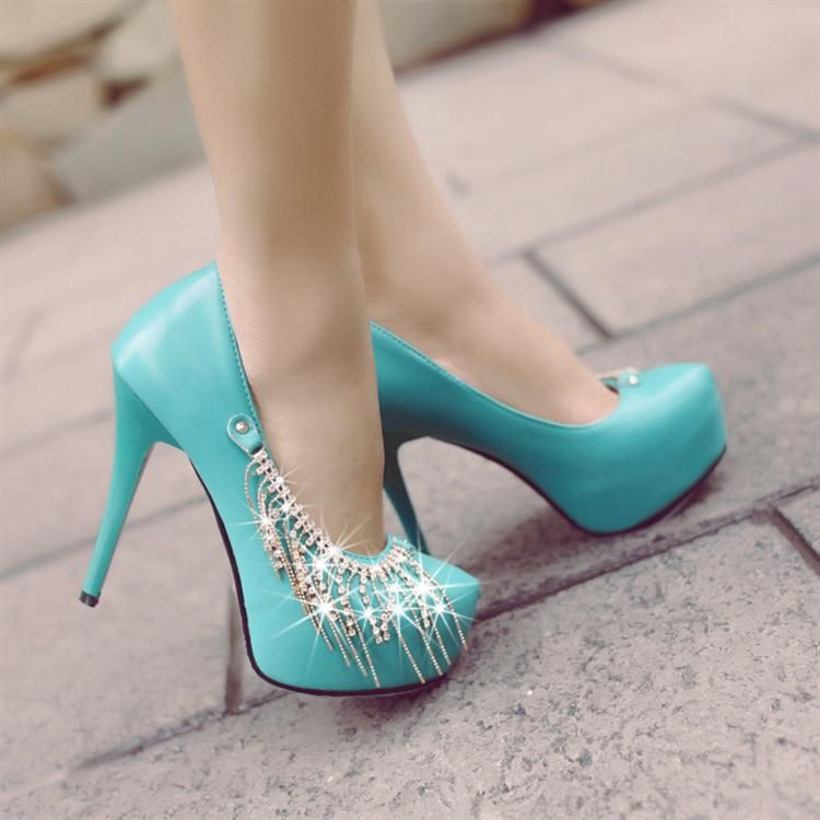 1000  images about Shoes on Pinterest | Lace shoes, Girls shoes ...