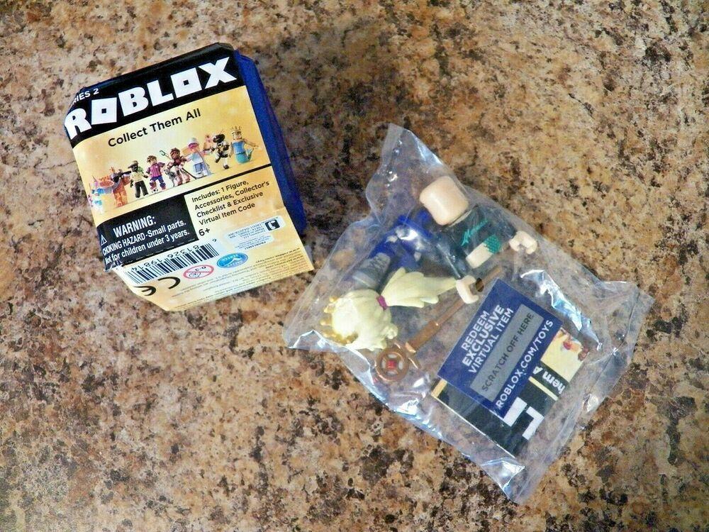 Roblox Celebrity Gold Series 2 CALLMEHBOB Mini Figure Sealed w// Unused Code