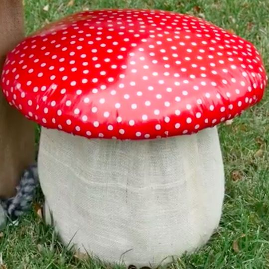 Create a charming woodland nook for kids in your garden with these adorable mushroom stools!  sc 1 st  Pinterest & How to Make a Mushroom Stool | Nook Stools and Mushrooms islam-shia.org