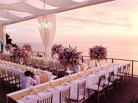 Front beach wedding reception decor