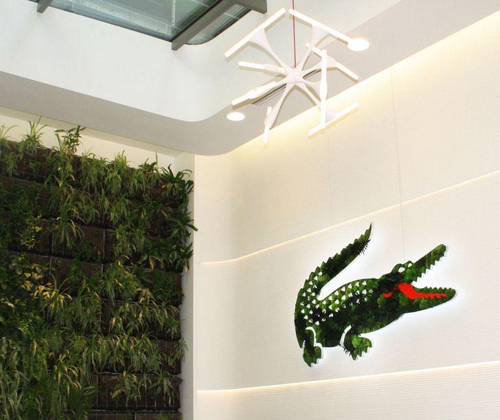 7592996a2e79 Lacoste met son crocodile au vert avec l agence You talking to me. Engagé