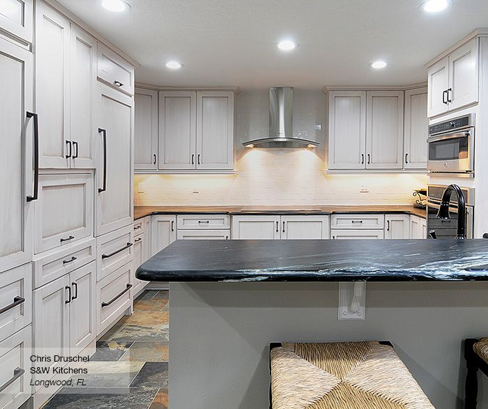 Delicieux Pearl White Shaker Style Kitchen Cabinets   Omega