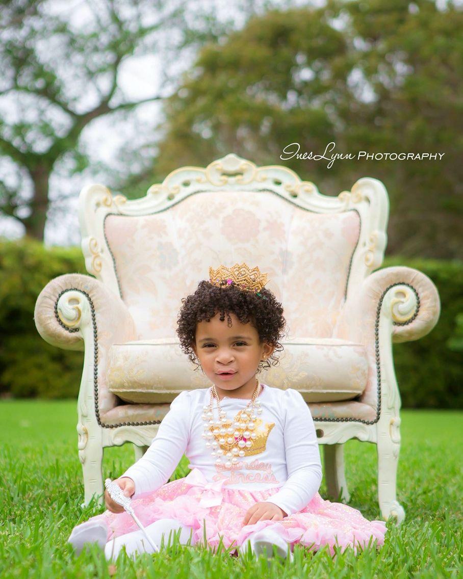 Baby Girl Outdoor Photography Ideas