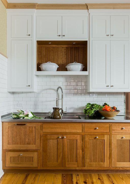Dec 5 wood lowers + white uppers = beautiful timeless kitchen   Häuschen