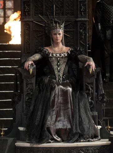 Krolewna Sniezka I Lowca 2012 Snow White Huntsman Queen Ravenna Charlize Theron