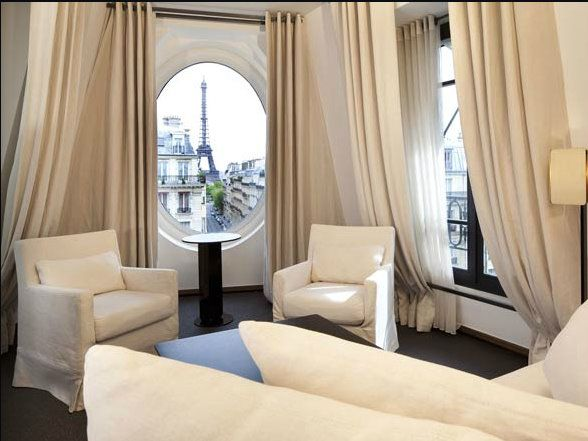 Book A Room With An Eiffel Tower View Plaza Athenee Paris Radisson Hotel Dream