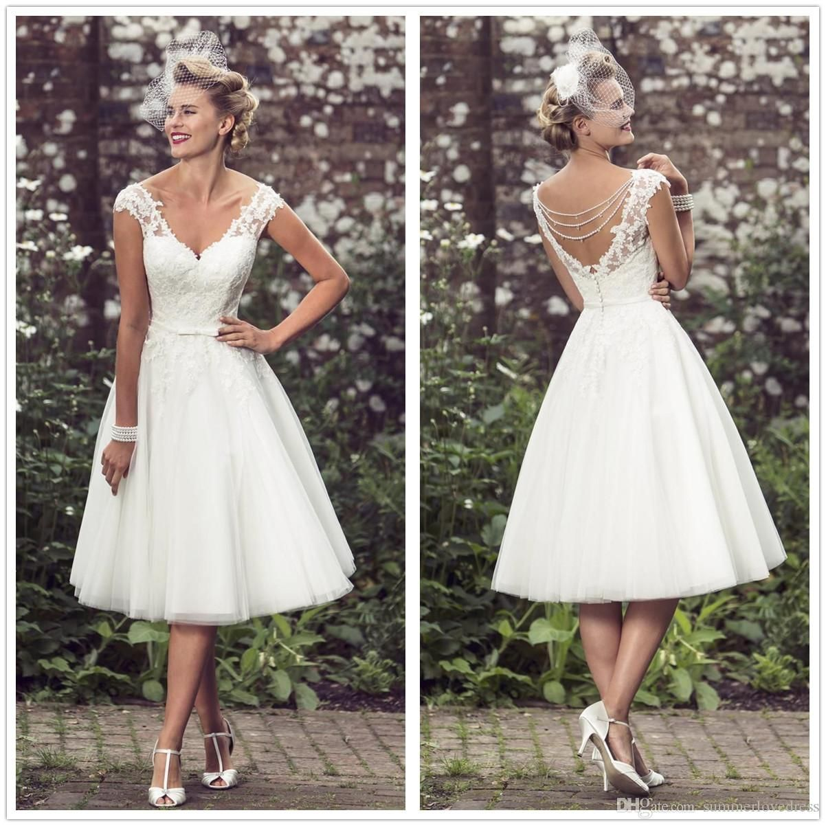 Discountvintage 50s Short Lace Wedding Dresses V Neck Tulle Applique Tea Length Beaded A Line Bridal Wedding Gowns With Buttons Robes De Marie From Summerlovedr Short Lace Wedding Dress Tea Length [ 1202 x 1202 Pixel ]