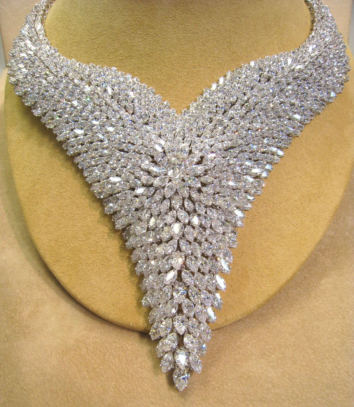 This is more than a necklace. Elizabeth Taylor would swooned over ...