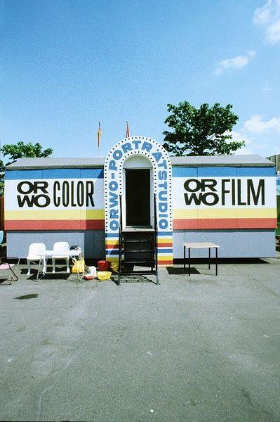 DDR. Ambulantes ORWO Porträtstudio. Werbung mit ORWO COLOR und ORWO FILM | Bild: Danigel, Gerd (Fotograf) (1985)