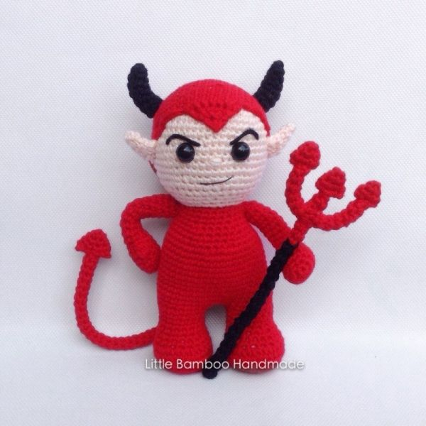 Devil amigurumi pattern by Little Bamboo Handmade | Häkeln